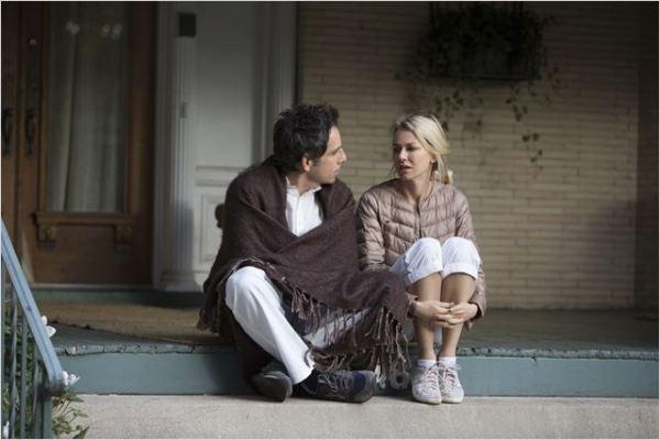 Cornelia (Naomi Watts) e Josh Srebnick (Ben Stiller) são casados há anos. Incomodados com o envelhecimento, estão cansados da maneira conservadora como vivem. Jamie (Adam Driver) e Darby (Amanda Seyfried) se aproximam dos dois e Josh, encantado com o estilo de vida e o ânimo da dupla, sonha voltar a ser jovem. Fonte: AdoroCinema